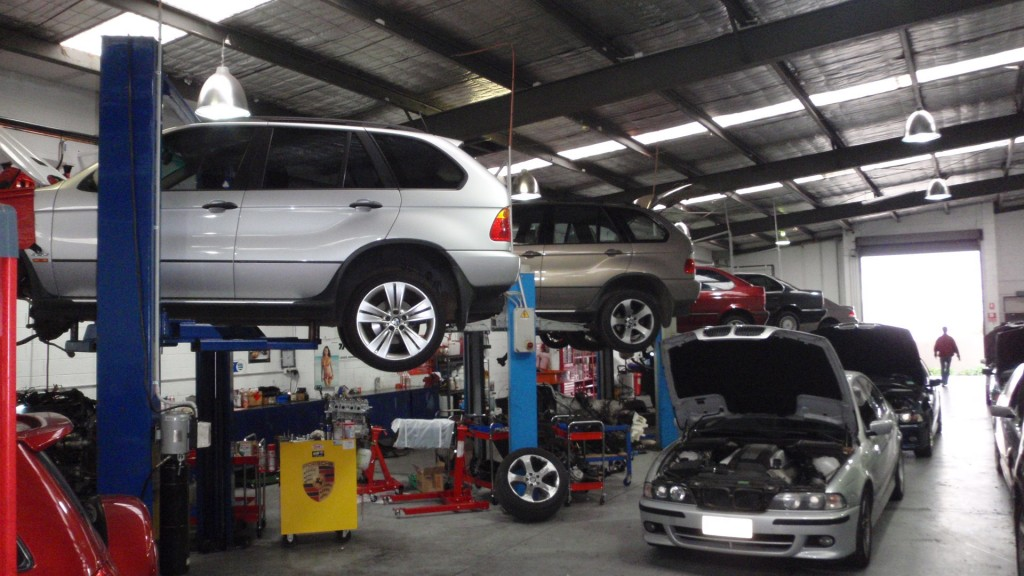 Tips on How to Reduce Car Maintenance Costs